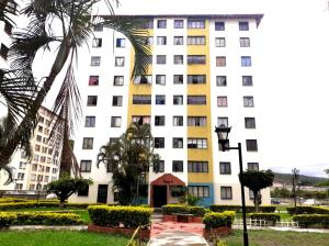 Apartamento En Ventaen Barquisimeto, La Pastorena, Venezuela, VE RAH: 20-19606