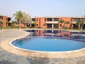 Apartamento En Ventaen Higuerote, Monte Lindo, Venezuela, VE RAH: 20-19780