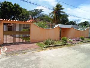 Casa En Ventaen Margarita, Juangriego, Venezuela, VE RAH: 20-19762