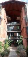 Apartamento En Ventaen Guarenas, Nueva Casarapa, Venezuela, VE RAH: 20-20068