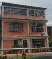 Casa En Ventaen Guatire, La Rosa, Venezuela, VE RAH: 20-19826