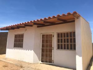 Casa En Ventaen Punto Fijo, Puerta Maraven, Venezuela, VE RAH: 20-19856