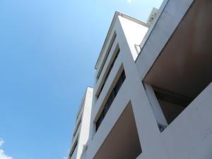 Apartamento En Ventaen Caracas, Los Palos Grandes, Venezuela, VE RAH: 20-19861
