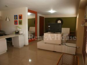 Apartamento En Alquileren Maracaibo, Avenida Bella Vista, Venezuela, VE RAH: 20-19872