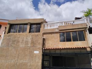 Casa En Ventaen Caracas, El Marques, Venezuela, VE RAH: 20-19875