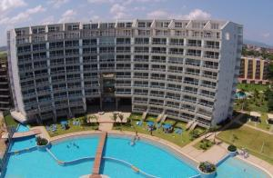 Apartamento En Ventaen Higuerote, Agua Sal, Venezuela, VE RAH: 20-19882