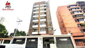 Apartamento En Ventaen Maracay, El Bosque, Venezuela, VE RAH: 20-20578