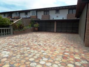 Casa En Ventaen Caracas, Los Naranjos Del Cafetal, Venezuela, VE RAH: 20-22756