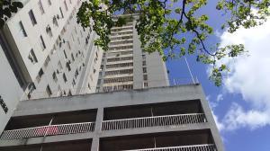 Apartamento En Ventaen Caracas, El Paraiso, Venezuela, VE RAH: 20-20133