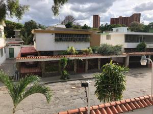 Casa En Ventaen Caracas, Santa Monica, Venezuela, VE RAH: 20-20143