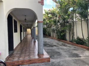 Apartamento En Alquileren Ciudad Ojeda, Los Samanes, Venezuela, VE RAH: 20-20071