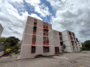 Apartamento En Ventaen Cagua, Centro, Venezuela, VE RAH: 20-20074