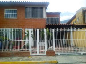 Casa En Ventaen Guatire, El Ingenio, Venezuela, VE RAH: 20-20138