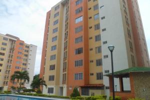 Apartamento En Ventaen Municipio Naguanagua, El Rincon, Venezuela, VE RAH: 20-20734