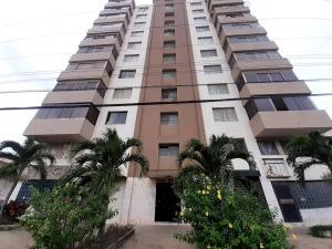 Apartamento En Ventaen Puerto La Cruz, Puerto La Cruz, Venezuela, VE RAH: 20-18234