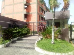 Apartamento En Ventaen Municipio Naguanagua, Los Guayabitos, Venezuela, VE RAH: 20-20149