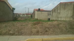Terreno En Ventaen Cabudare, Los Samanes, Venezuela, VE RAH: 20-20178
