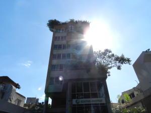 Apartamento En Ventaen Caracas, Altamira, Venezuela, VE RAH: 20-20235