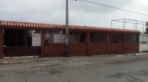 Casa En Ventaen Barcelona, Tricentenaria, Venezuela, VE RAH: 20-20256
