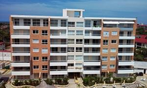 Apartamento En Ventaen Higuerote, Agua Sal, Venezuela, VE RAH: 20-20316