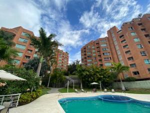 Apartamento En Ventaen Caracas, Solar Del Hatillo, Venezuela, VE RAH: 20-20376