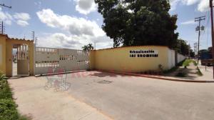 Apartamento En Ventaen Municipio Linares Alcantara, La Morita Ii, Venezuela, VE RAH: 20-20385