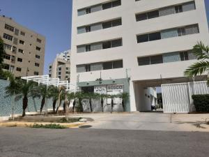 Apartamento En Alquileren Maracaibo, Don Bosco, Venezuela, VE RAH: 20-20411