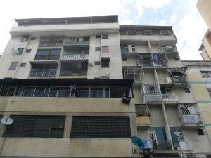 Apartamento En Ventaen Caracas, Parroquia Altagracia, Venezuela, VE RAH: 20-20748