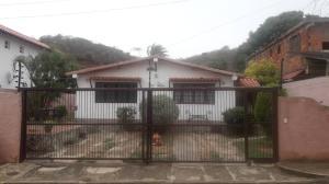 Casa En Ventaen Margarita, Los Robles, Venezuela, VE RAH: 20-20424