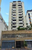 Apartamento En Ventaen Caracas, Parroquia Altagracia, Venezuela, VE RAH: 20-20114