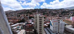 Apartamento En Ventaen Caracas, San Martin, Venezuela, VE RAH: 20-20492