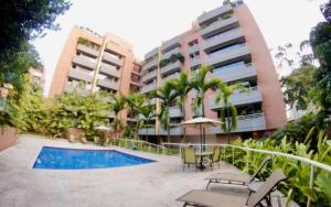Apartamento En Ventaen Caracas, Campo Alegre, Venezuela, VE RAH: 20-20459