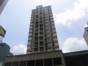 Apartamento En Ventaen Caracas, Parroquia La Candelaria, Venezuela, VE RAH: 20-20479