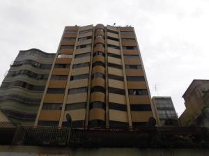 Apartamento En Ventaen Caracas, Parroquia La Candelaria, Venezuela, VE RAH: 20-20480