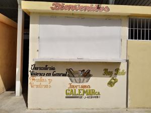 Local Comercial En Ventaen Municipio Los Guayos, Buenaventura, Venezuela, VE RAH: 20-20562