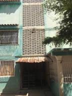 Apartamento En Alquileren Ciudad Bolivar, Av La Paragua, Venezuela, VE RAH: 20-20573
