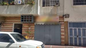 Local Comercial En Ventaen Caracas, Parroquia La Candelaria, Venezuela, VE RAH: 20-20606