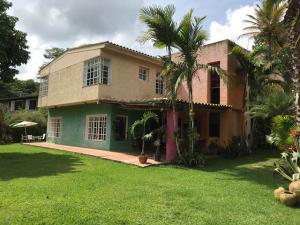 Casa En Ventaen Caracas, La Union, Venezuela, VE RAH: 20-20564