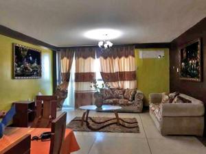 Apartamento En Alquileren Punto Fijo, Santa Irene, Venezuela, VE RAH: 20-620