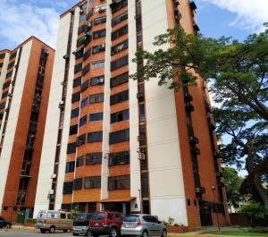 Apartamento En Ventaen Municipio Naguanagua, La Granja, Venezuela, VE RAH: 20-20660