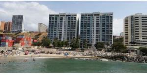 Apartamento En Ventaen Catia La Mar, Playa Grande, Venezuela, VE RAH: 20-20597