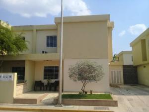 Casa En Ventaen Cabudare, Trapiche Villas, Venezuela, VE RAH: 20-20618