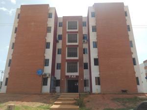 Apartamento En Ventaen Ciudad Bolivar, Av La Paragua, Venezuela, VE RAH: 20-20638