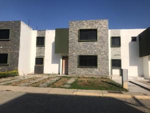 Casa En Ventaen Cabudare, Parroquia José Gregorio, Venezuela, VE RAH: 20-20661