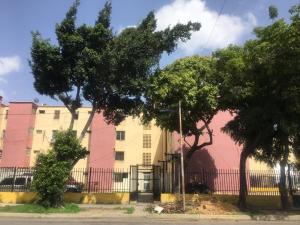 Apartamento En Ventaen Barquisimeto, Parroquia Concepcion, Venezuela, VE RAH: 20-19358