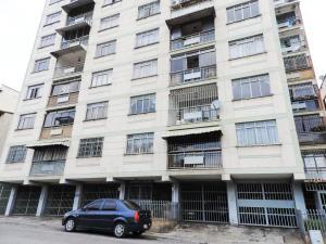 Apartamento En Ventaen Los Teques, Los Teques, Venezuela, VE RAH: 20-20696