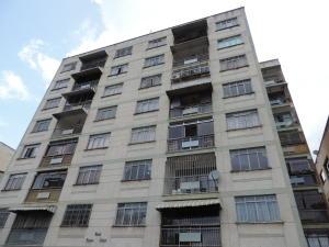 Apartamento En Ventaen Los Teques, Los Teques, Venezuela, VE RAH: 20-18280