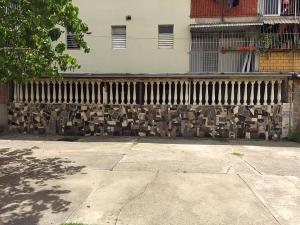 Apartamento En Ventaen Guarenas, Alejandro Oropeza Castillo Ii, Venezuela, VE RAH: 20-20699