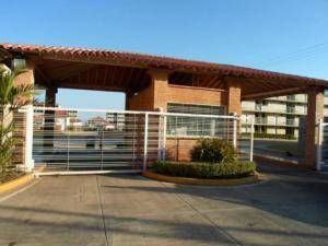 Apartamento En Ventaen Margarita, San Antonio, Venezuela, VE RAH: 20-20830