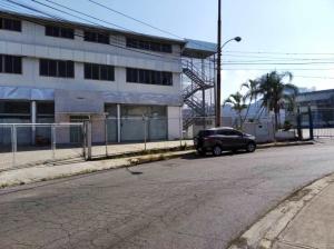 Local Comercial En Alquileren Los Teques, El Tambor, Venezuela, VE RAH: 20-21163